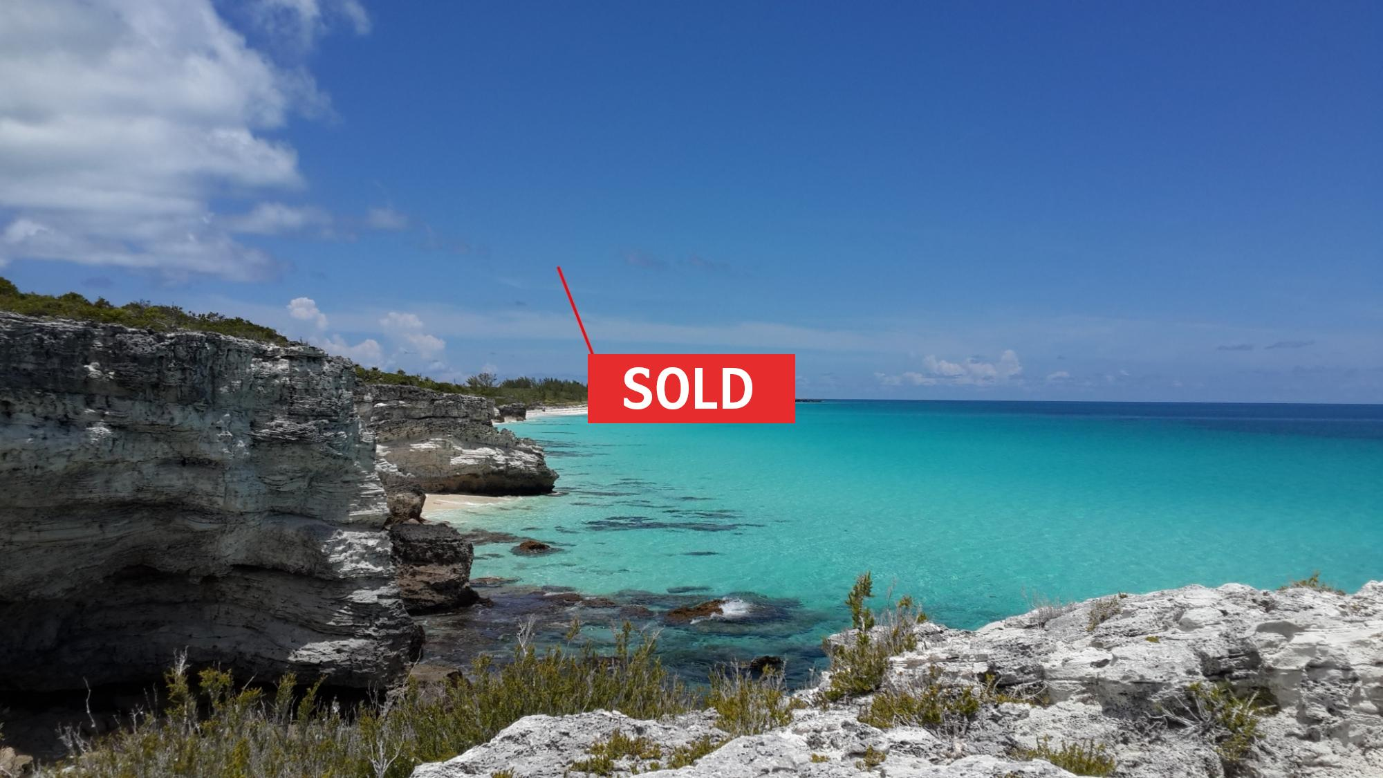 /listing-sugar-beach-hilltop-25-feet-beach-front-18726.html from Coldwell Banker Bahamas Real Estate