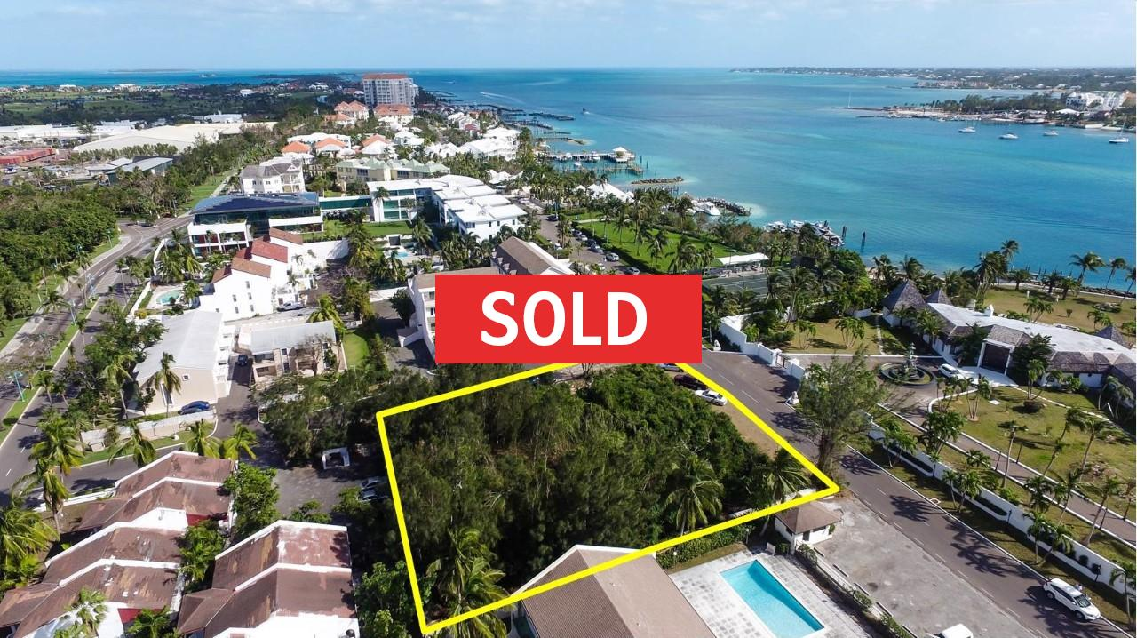 /listing-sold-bay-view-drive-paradise-island-21366.html from Coldwell Banker Bahamas Real Estate