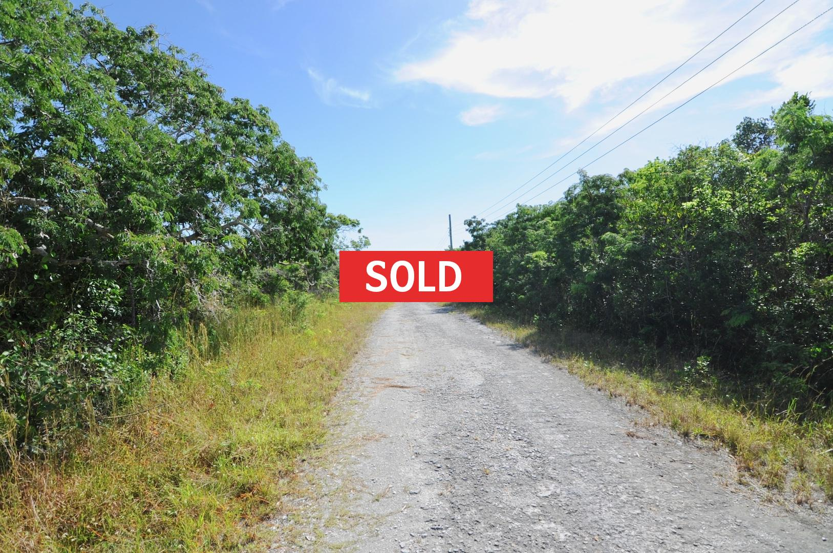/listing-sold-single-family-vacant-lot-27150.html from Coldwell Banker Bahamas Real Estate