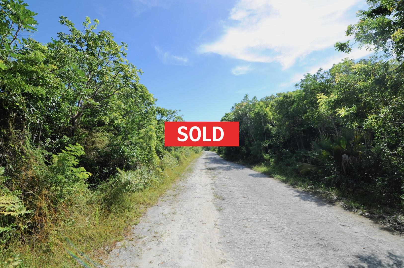 /listing-sold-single-family-vacant-lot-27151.html from Coldwell Banker Bahamas Real Estate