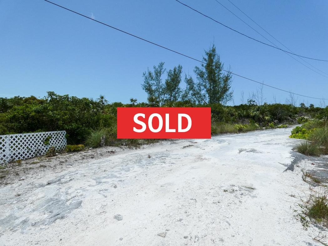 /listing-located-on-the-10th-golf-course-green-30214.html from Coldwell Banker Bahamas Real Estate