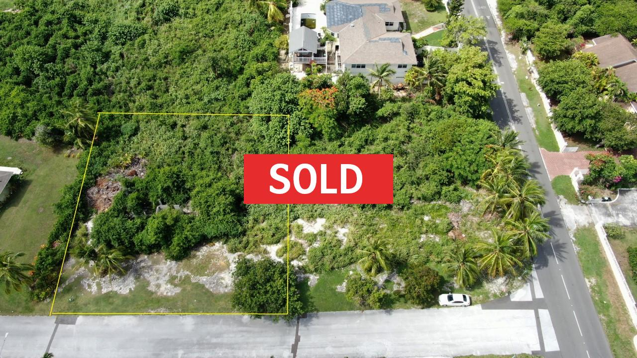 /listing-sold-winton-heights-lot-2-block-8-30867.html from Coldwell Banker Bahamas Real Estate