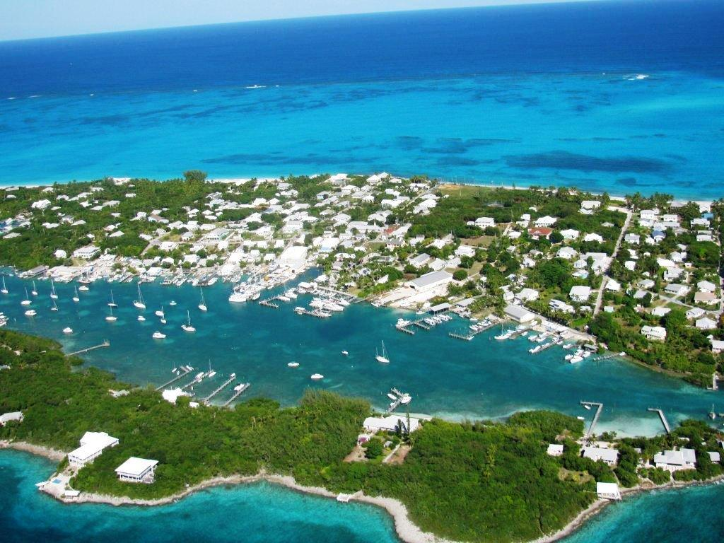 Bahamas Prime Location Coldwell Banker Man-O-War Cay Abaco