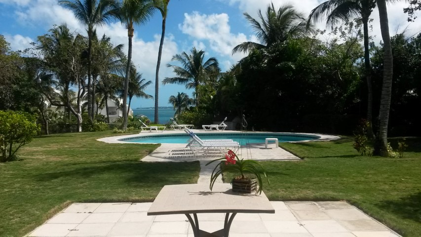/listing-harbour-view-rental-10387.html from Coldwell Banker Bahamas Real Estate