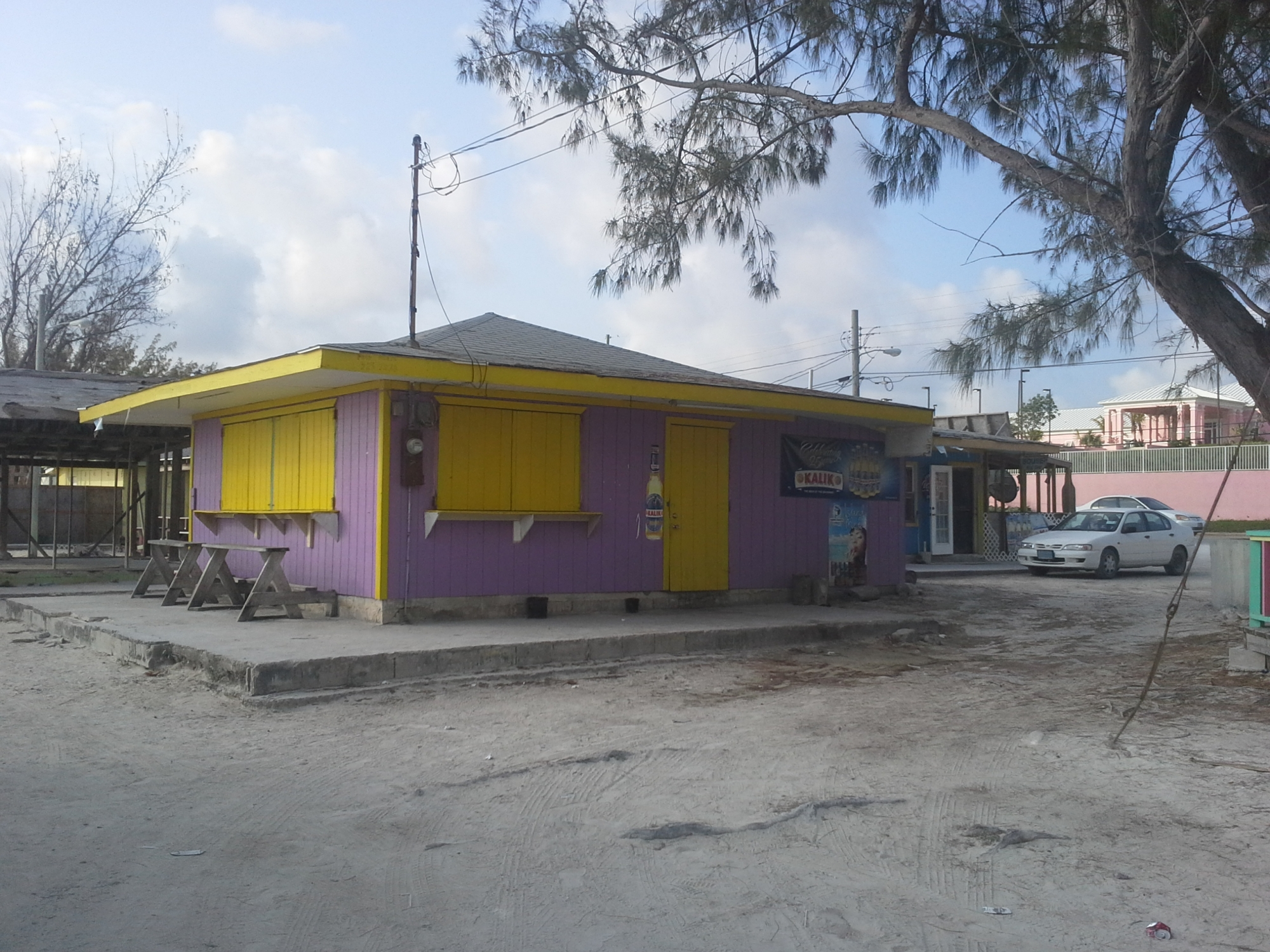 /listing-restaurant-business-for-sale-12370.html from Coldwell Banker Bahamas Real Estate