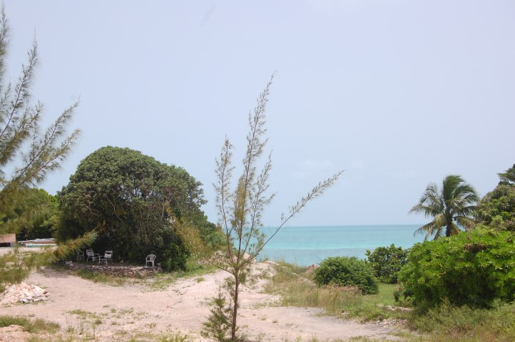 /listing-vacant-lot-russell-island-13081.html from Coldwell Banker Bahamas Real Estate