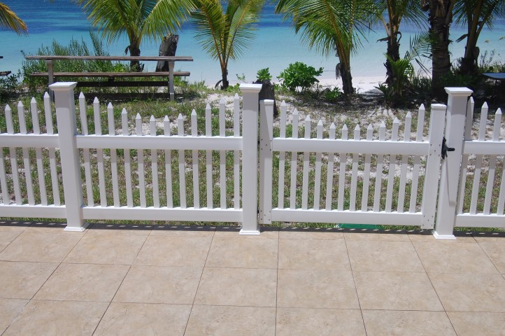 /listing-spanish-wells-vacation-rental-13181.html from Coldwell Banker Bahamas Real Estate