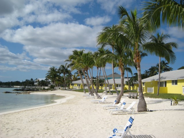 /listing-harbour-view-condo-13276.html from Coldwell Banker Bahamas Real Estate