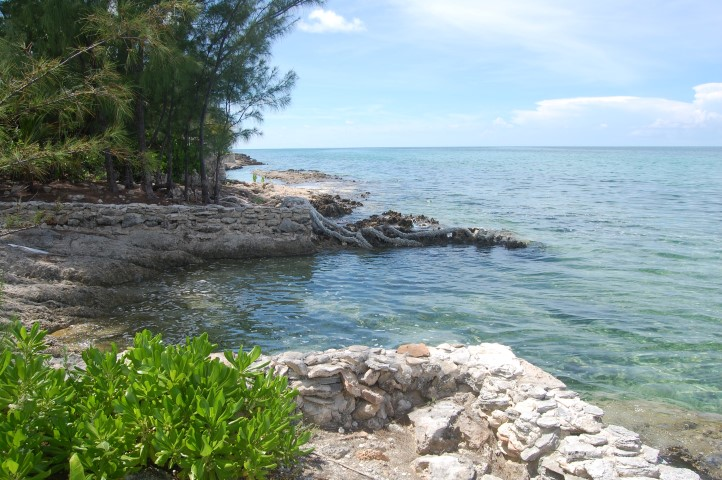 /listing-russell-island-waterfront-lot-13606.html from Coldwell Banker Bahamas Real Estate