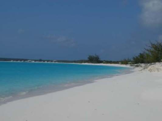 /listing-beautiful-beach-front-lot-13813.html from Coldwell Banker Bahamas Real Estate