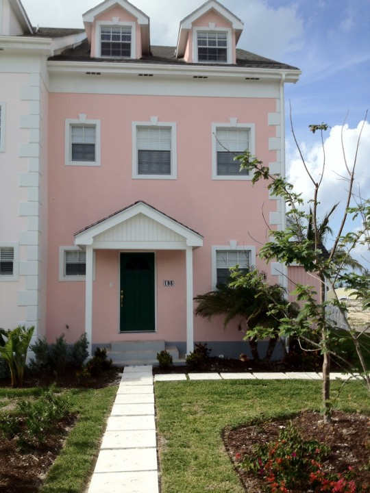 /listing-195-sandyport-drive-13884.html from Coldwell Banker Bahamas Real Estate