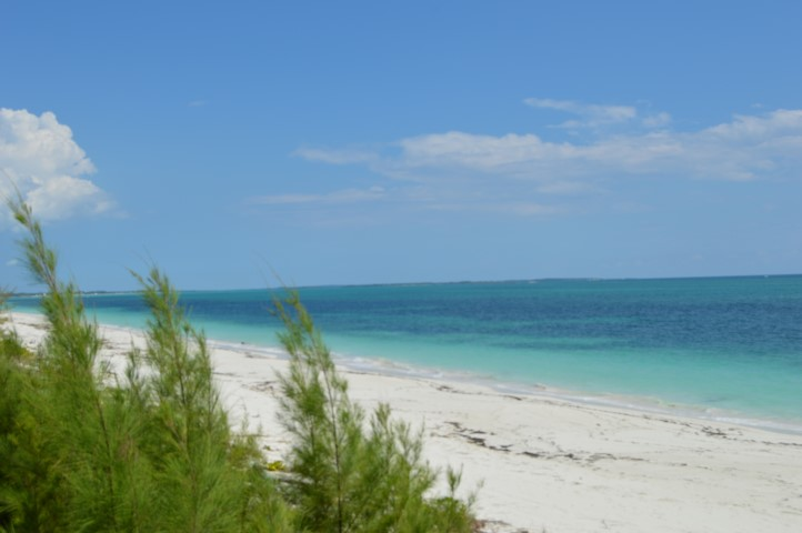 Property Near the Beach For Sale in Abaco