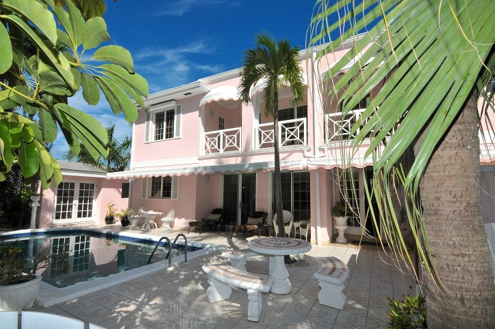 /listing-rented-paradise-island-rental-15327.html from Coldwell Banker Bahamas Real Estate