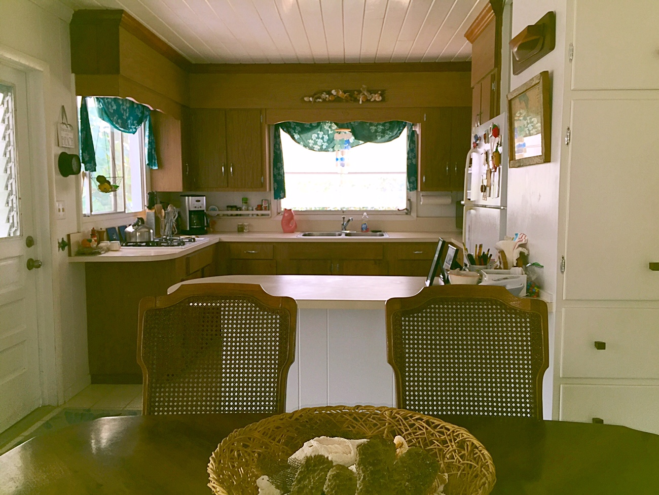Home For Sale on Man-O-War Cay, Abaco