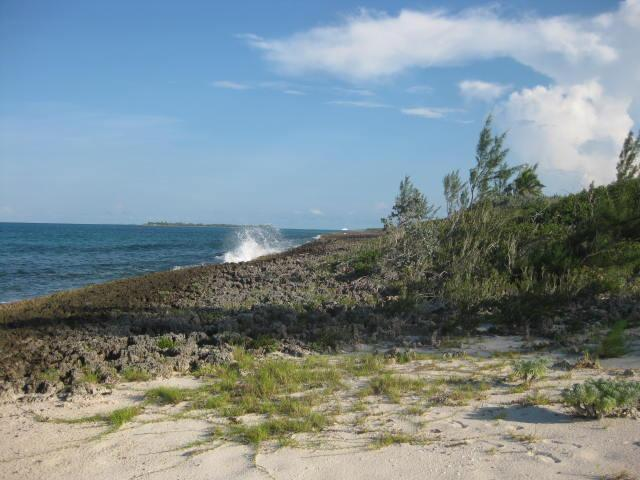 Property Available in Green Turtle Cay