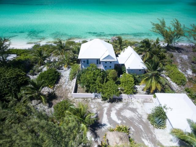 Waterfront Home Bahamas