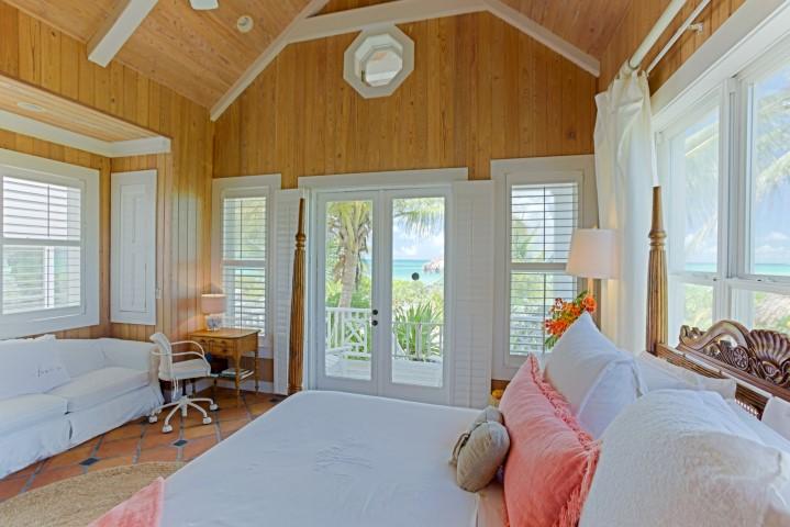 Bahamas Beachfront Investment