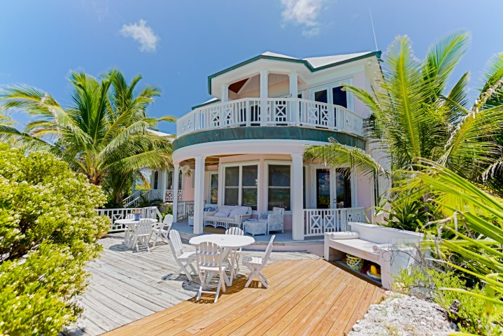 Waterfront Home Bahamas