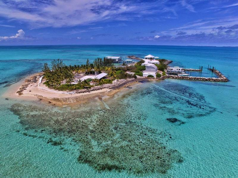 Spanish wells russell island real estate homes for sale for Bahamas private island for sale
