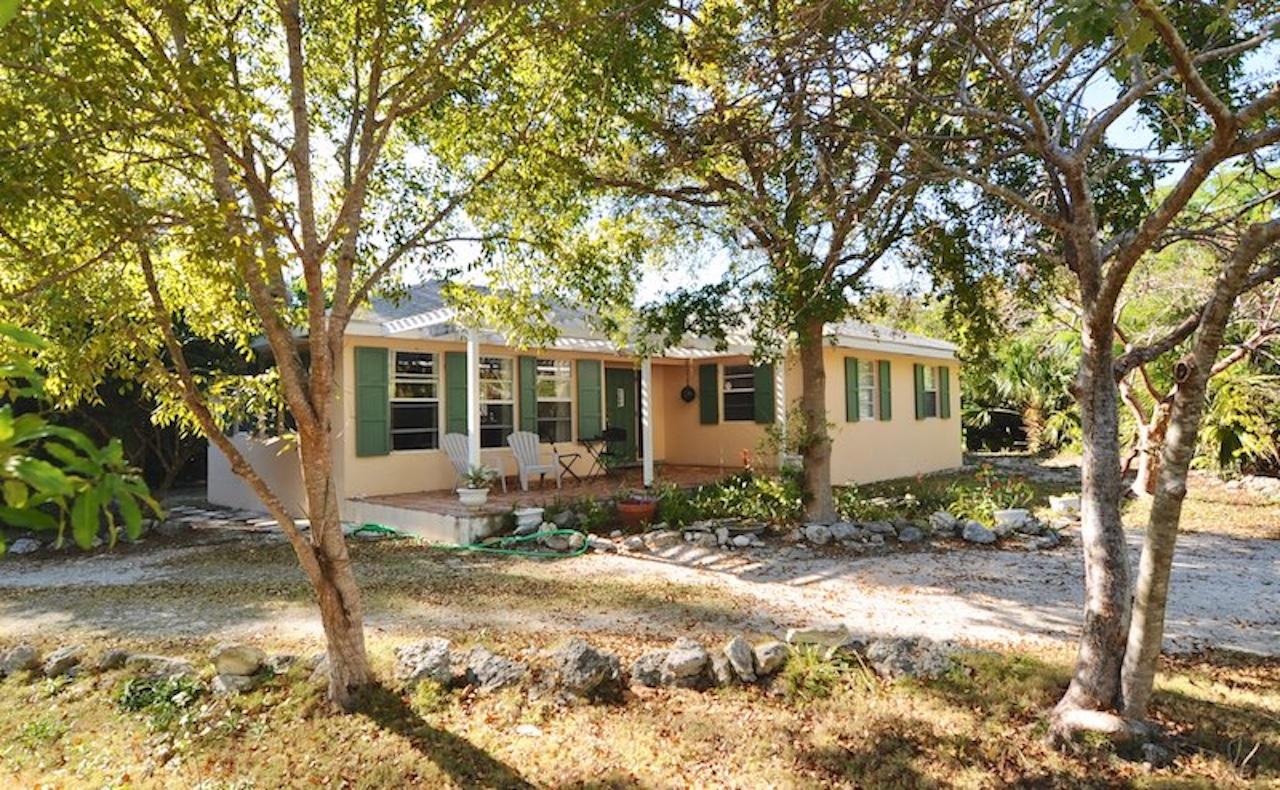 /listing-lot-20-block-172-brigantine-bay-treasure-cay-abaco-17791.html from Coldwell Banker Bahamas Real Estate