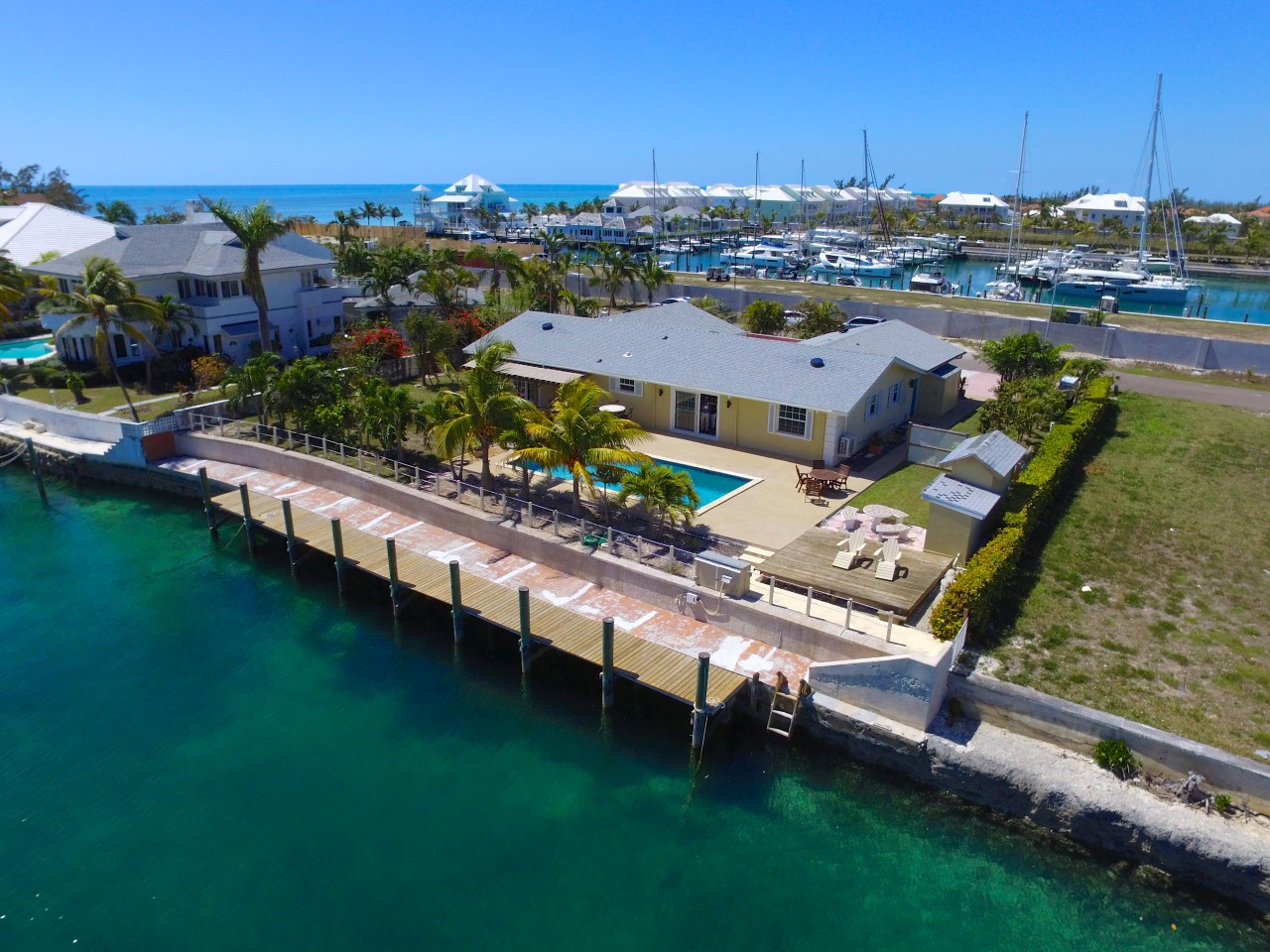 /listing-port-new-providence-17850.html from Coldwell Banker Bahamas Real Estate