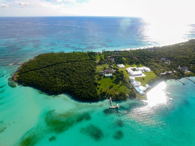 Beachfront Acreage in Harbour Island