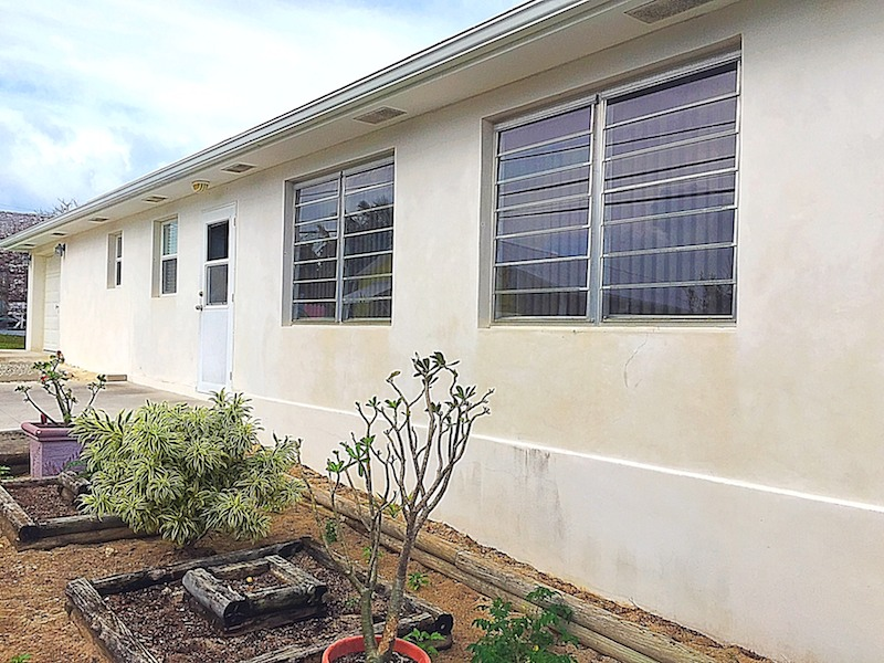 Home for sale in Man-O-War Cay