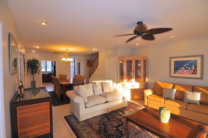 Ocean View Townhouse for rent in Nassau