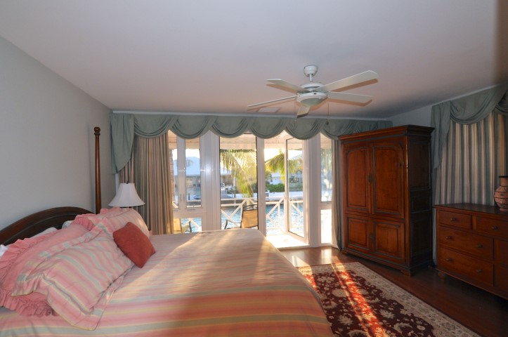 Townhouse for rent in Nassau