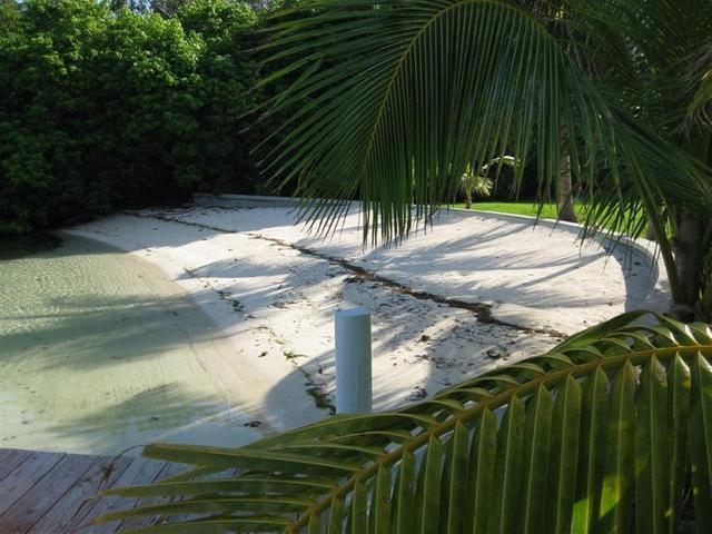 Waterfront home for sale with private beach in Green Turtle Cay