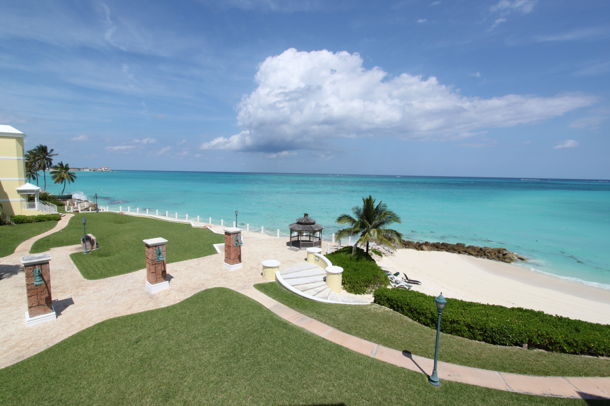 /listing-cable-beach-21369.html from Coldwell Banker Bahamas Real Estate