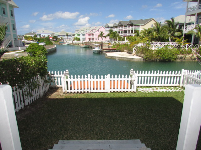 /listing-rented-canal-front-townhouse-in-gated-community-21712.html from Coldwell Banker Bahamas Real Estate