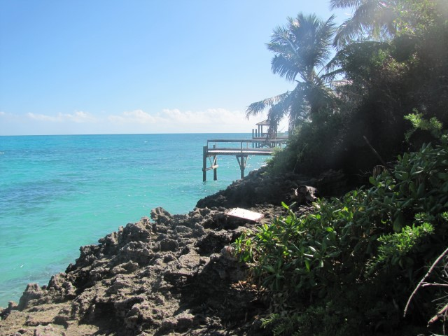 /listing-eastern-road-lot-21948.html from Coldwell Banker Bahamas Real Estate