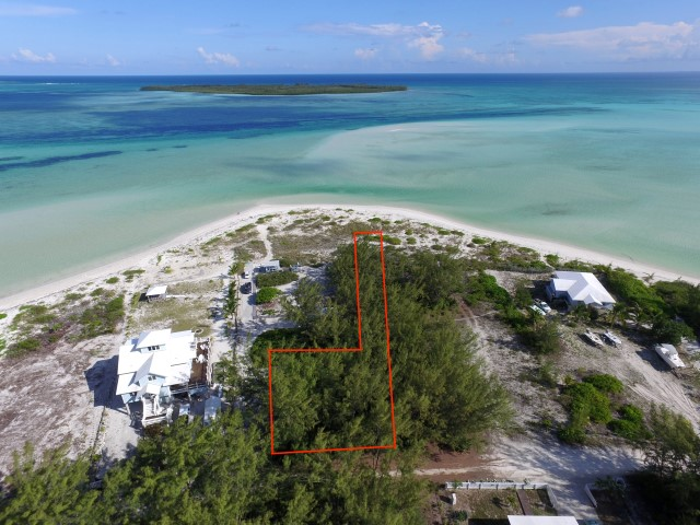 /listing-casuarina-point-22023.html from Coldwell Banker Bahamas Real Estate