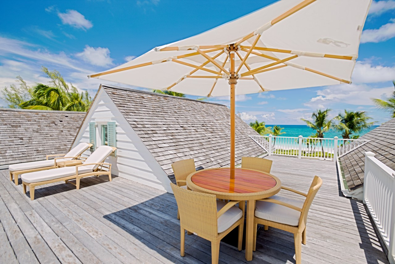 /listing-beachfront-harbour-island-22233.html from Coldwell Banker Bahamas Real Estate