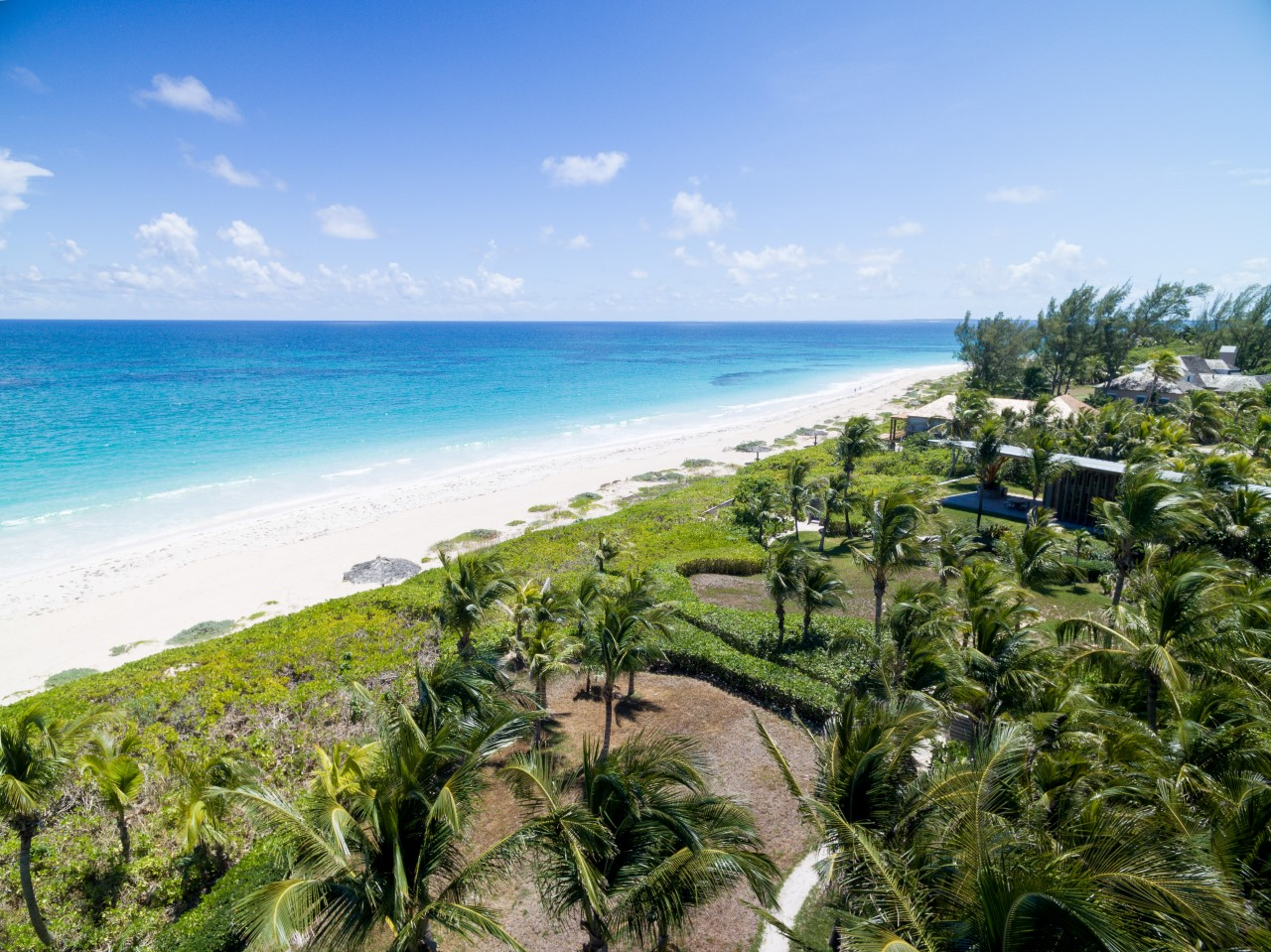 Luxury Beachfront Property in Harbour Island, Bahamas