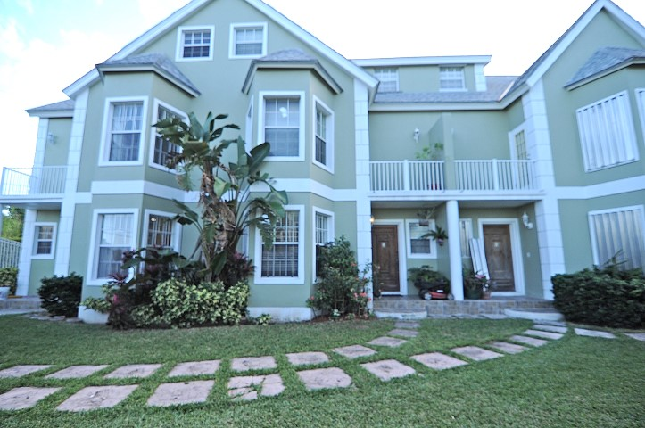 /listing-casa-primera-townhouse-23209.html from Coldwell Banker Bahamas Real Estate