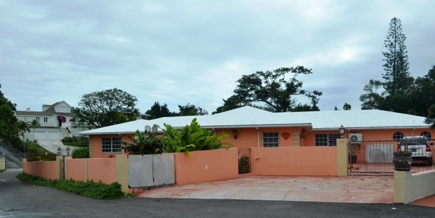 /listing-greencrest-mount-view-subdivision-23236.html from Coldwell Banker Bahamas Real Estate