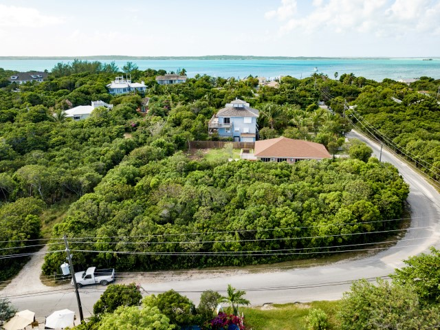 /listing-queen-street-lot-23425.html from Coldwell Banker Bahamas Real Estate
