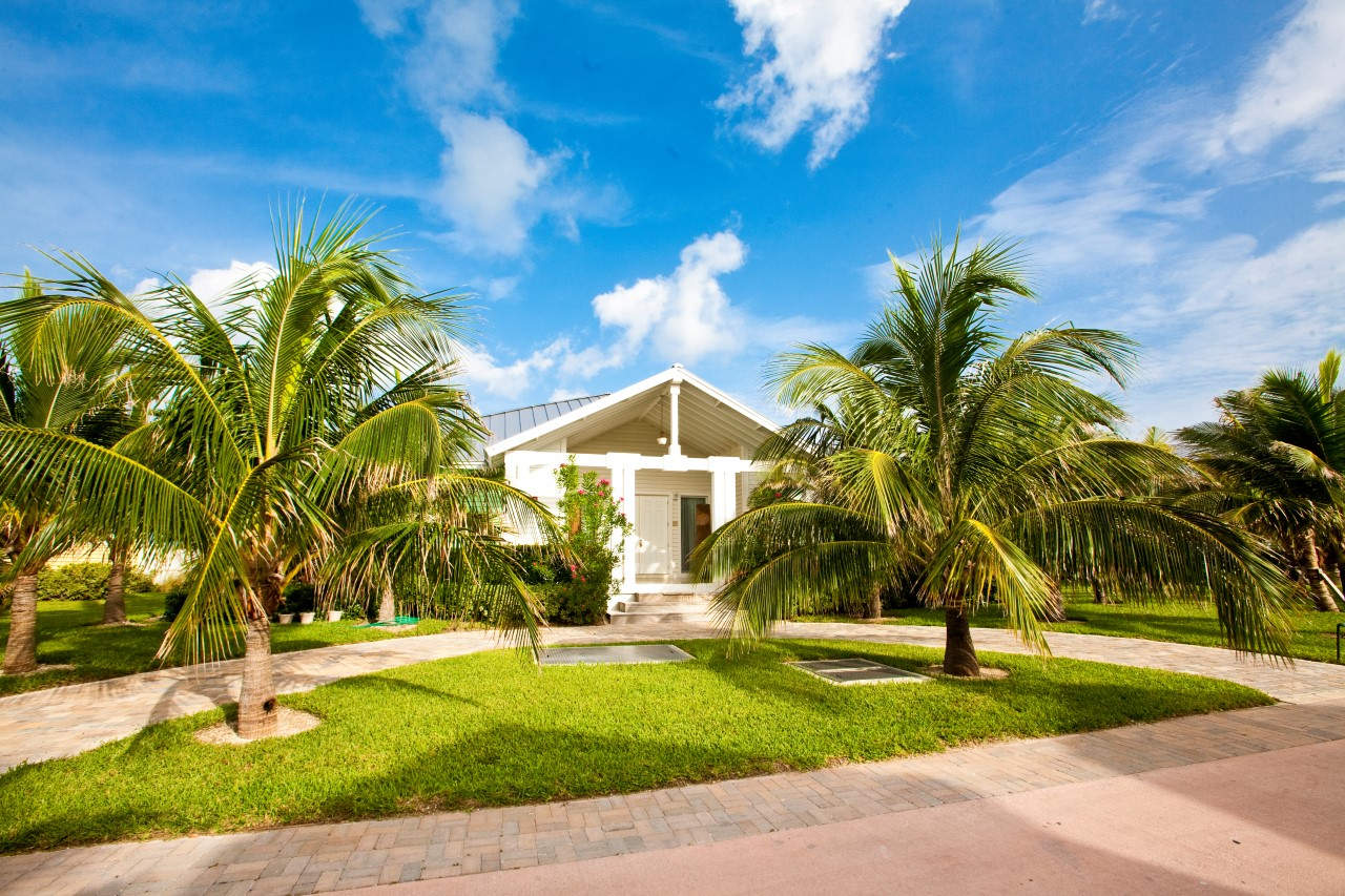 /listing-bimini-bay-resort-house-30100-24654.html from Coldwell Banker Bahamas Real Estate