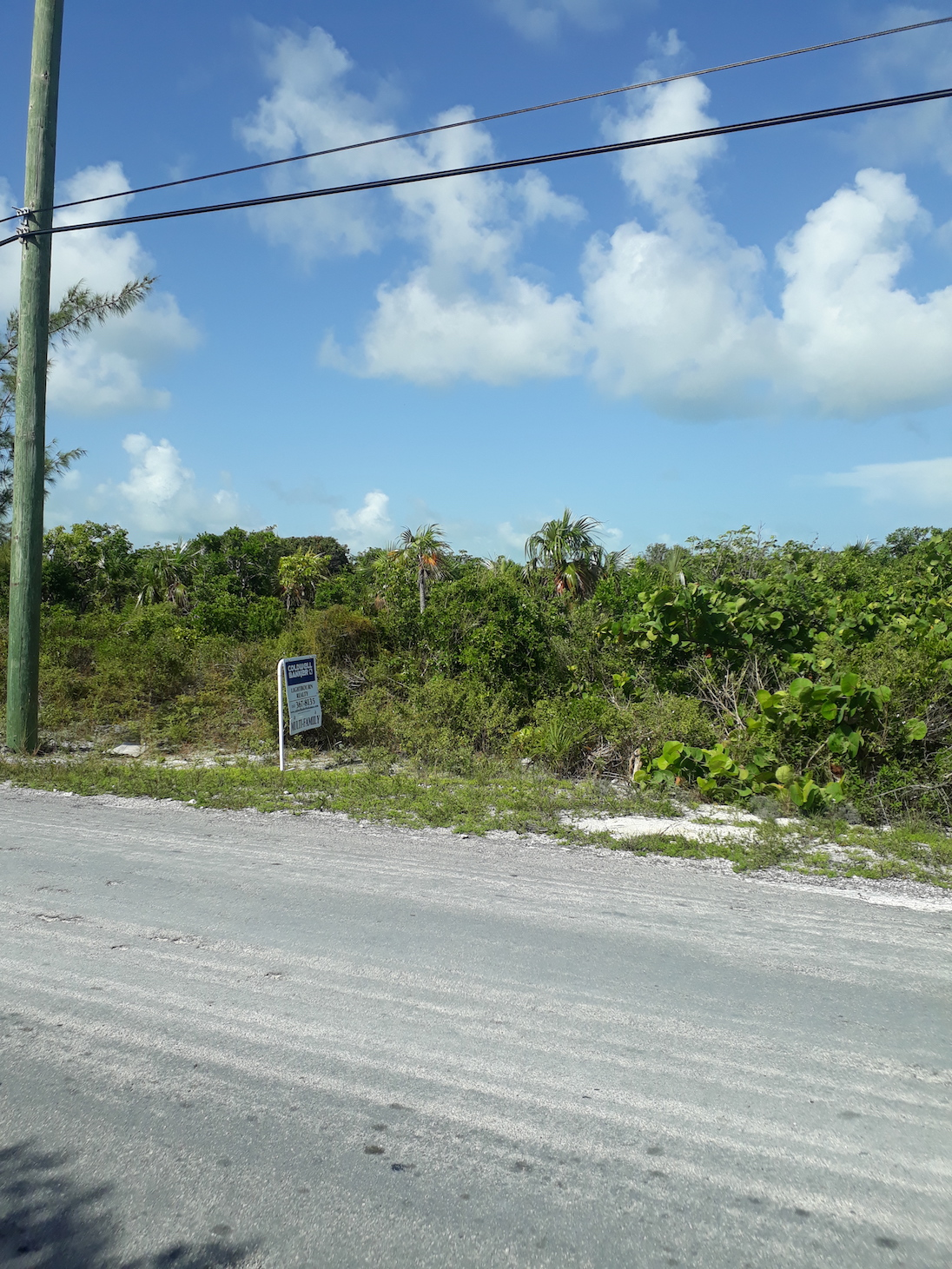 /listing-large-multi-family-corner-lot-24895.html from Coldwell Banker Bahamas Real Estate