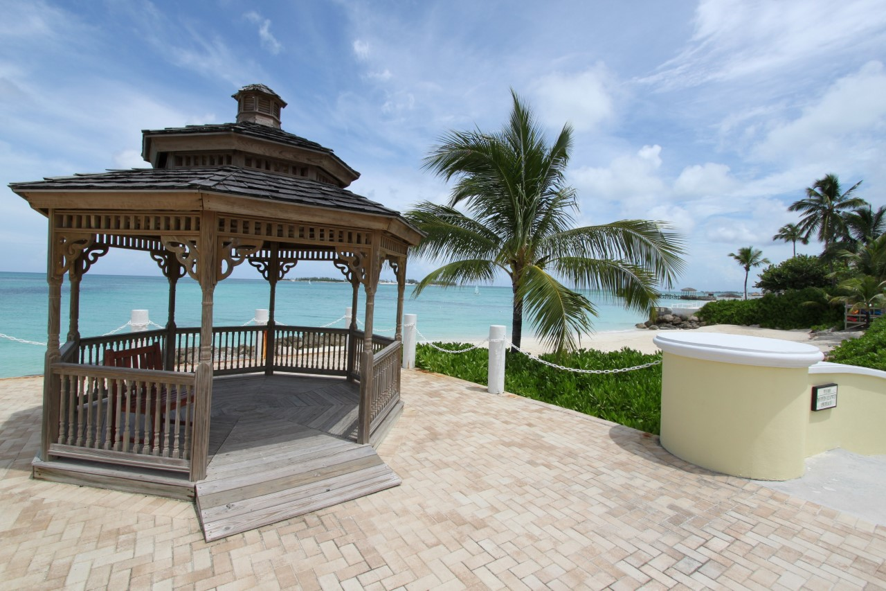 Bahamas Condo For Sale in Cable Beach located in Bayroc