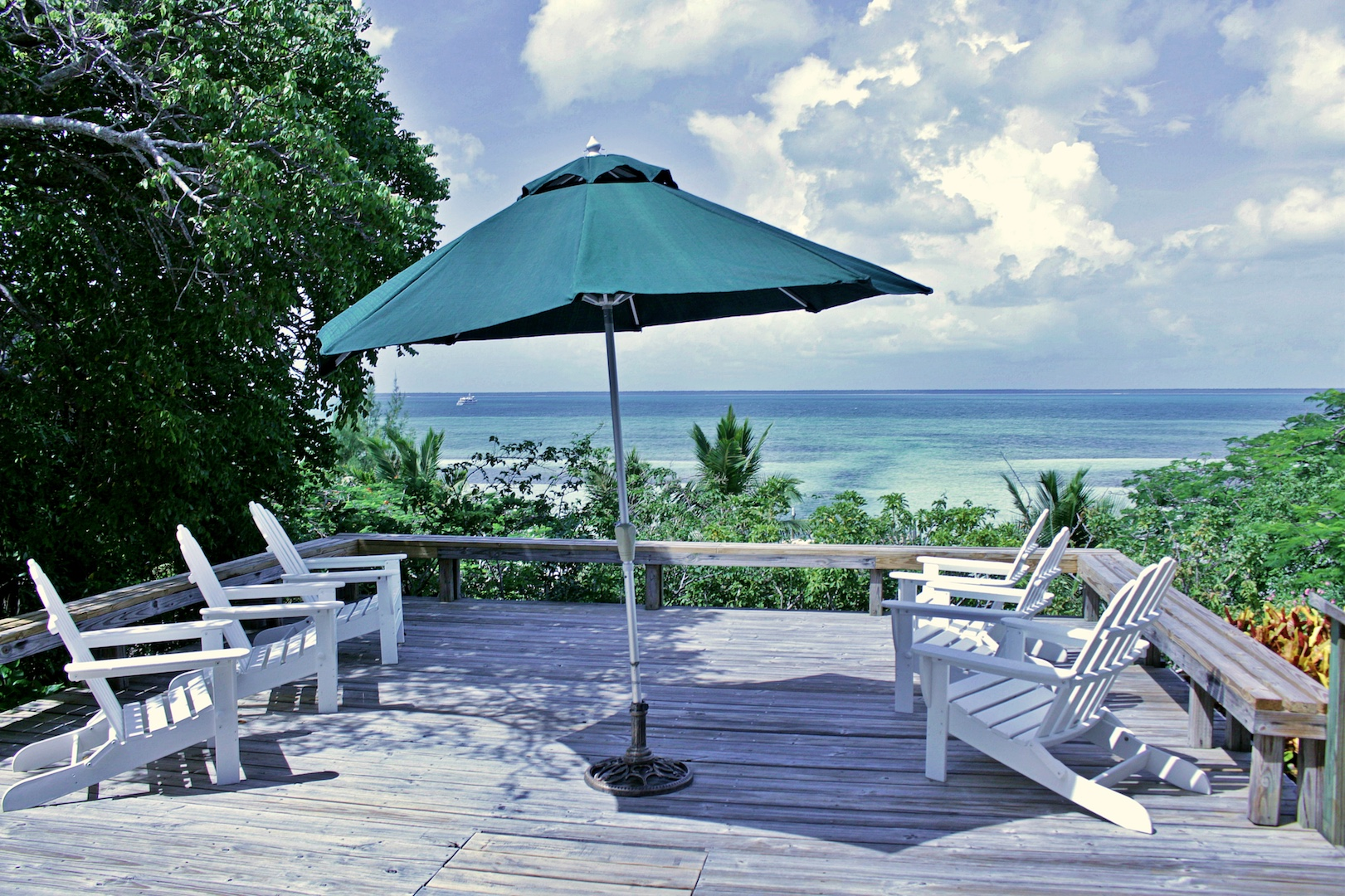 Green Turtle Cay home for sale with sea view