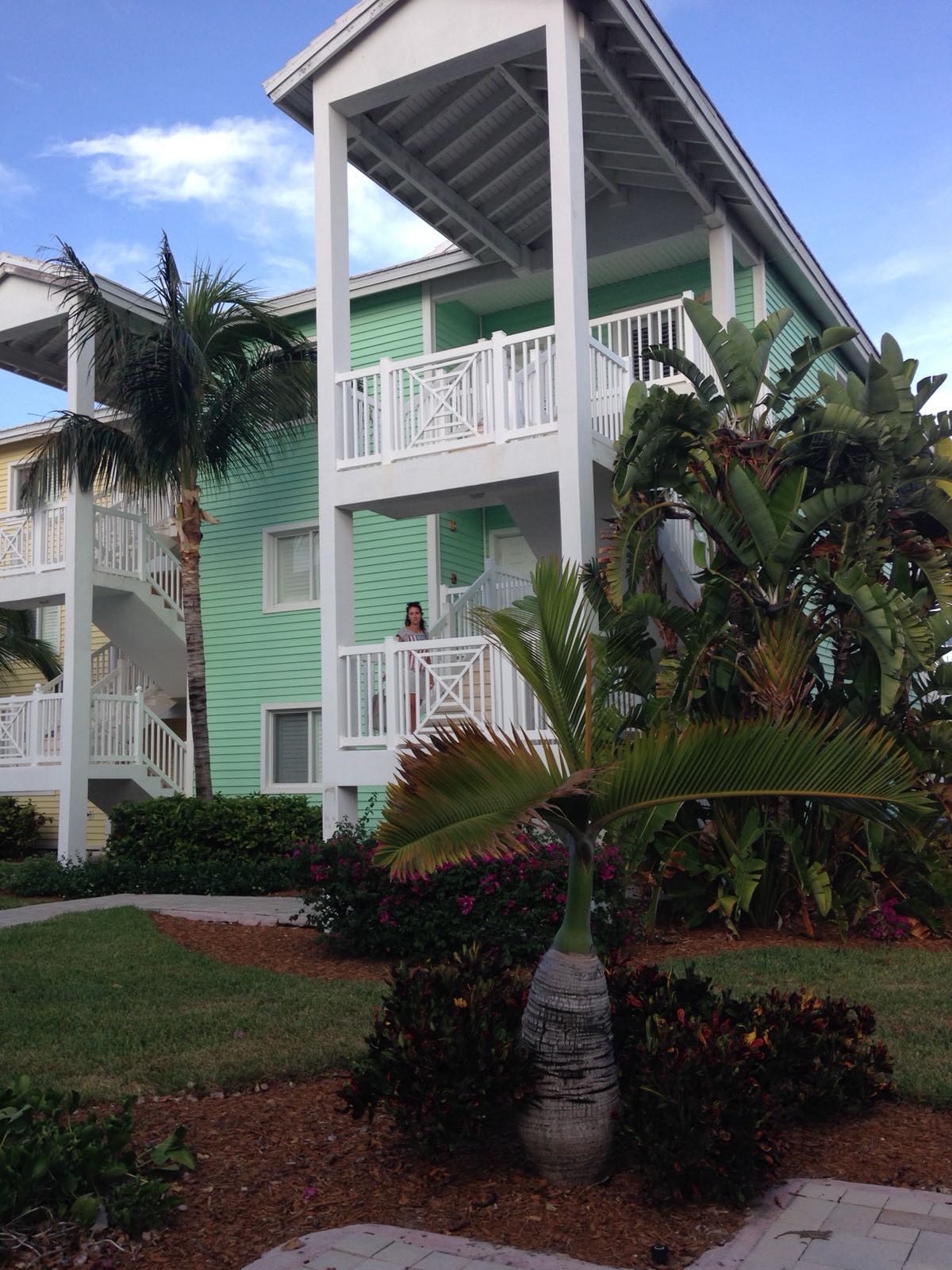 /listing-angler-condo-32333-25019.html from Coldwell Banker Bahamas Real Estate