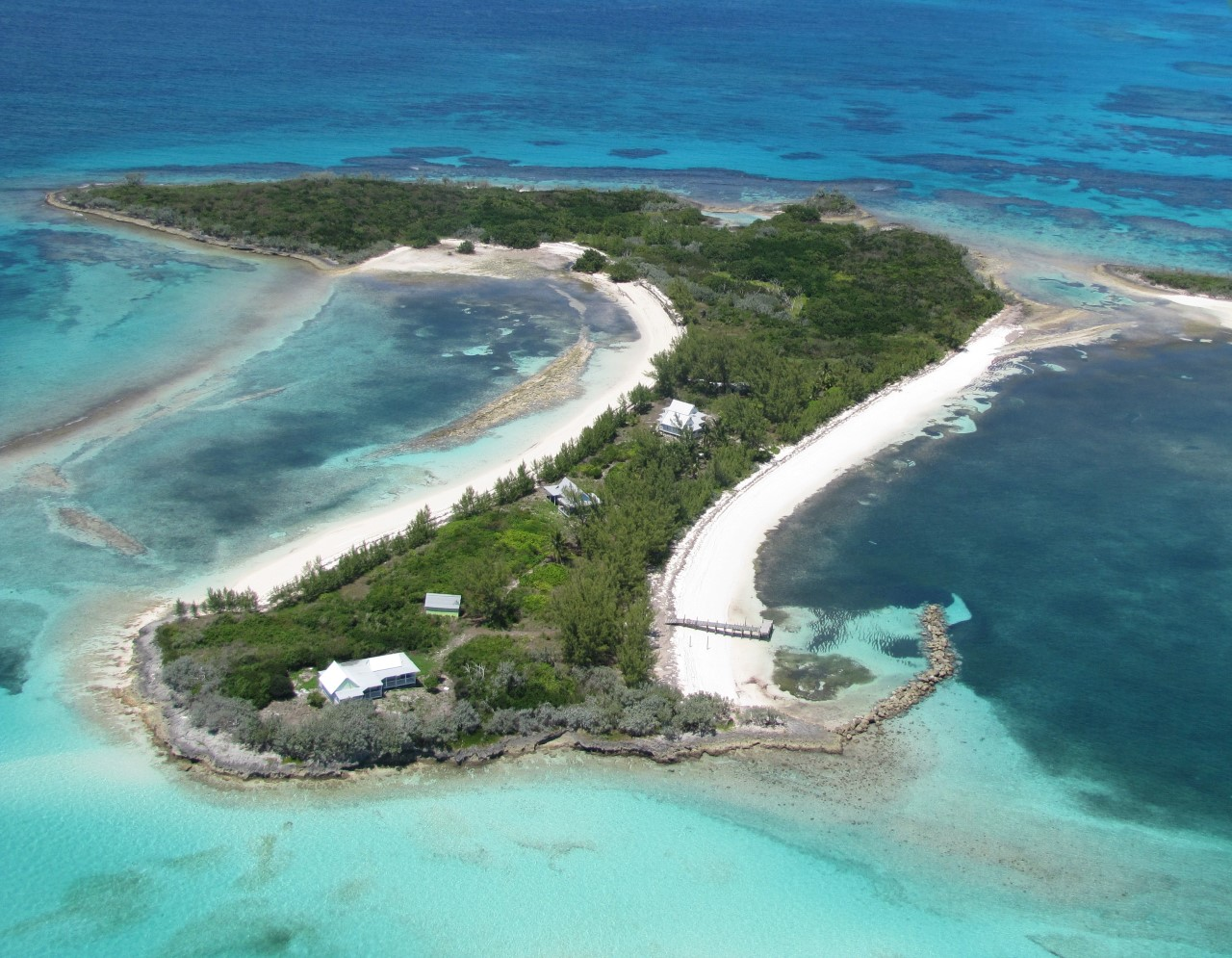 /listing-moraine-cay-25020.html from Coldwell Banker Bahamas Real Estate