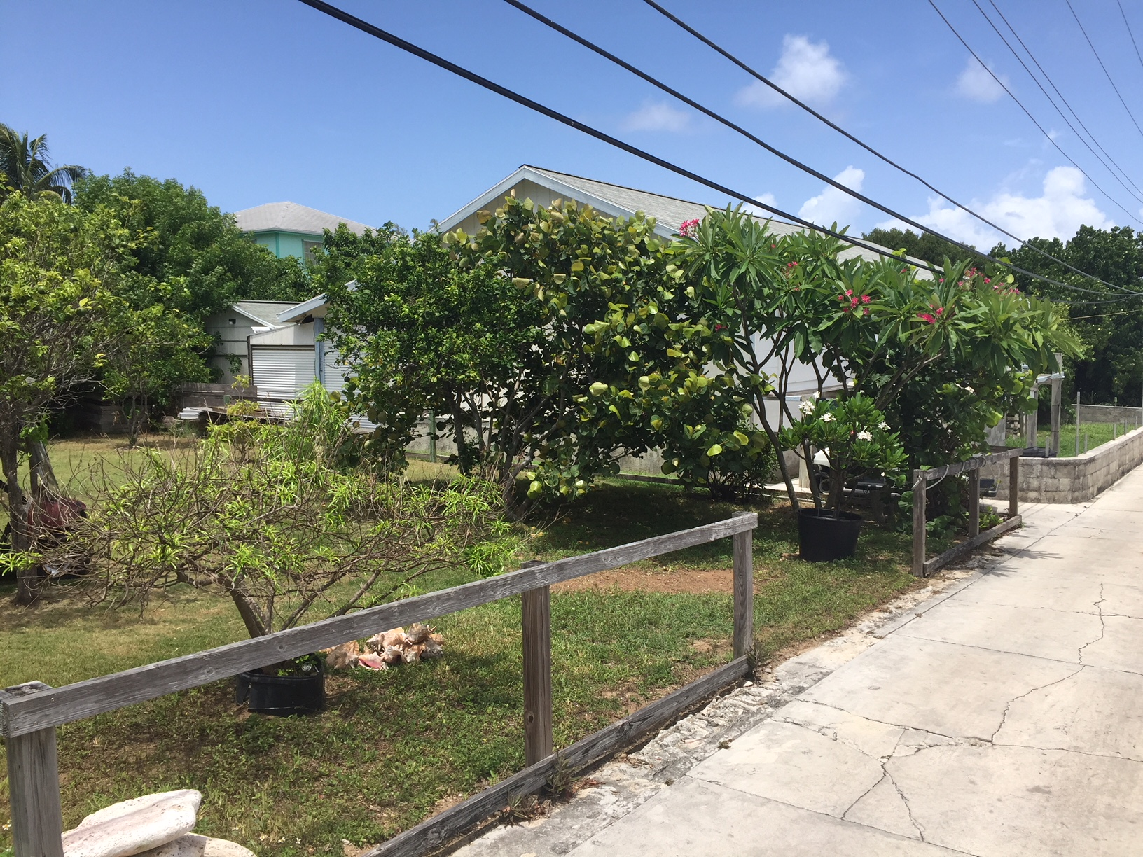 Man-O-War Cay Abaco vacant land