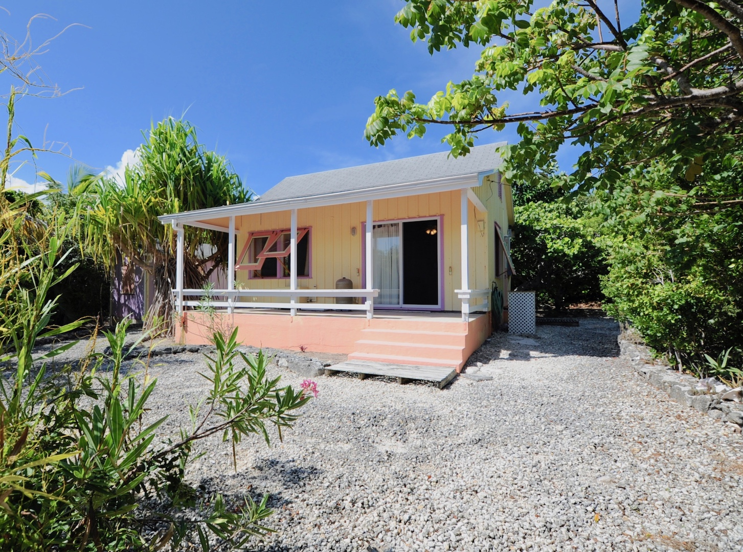 Man-O-War Cay Abaco house for sale