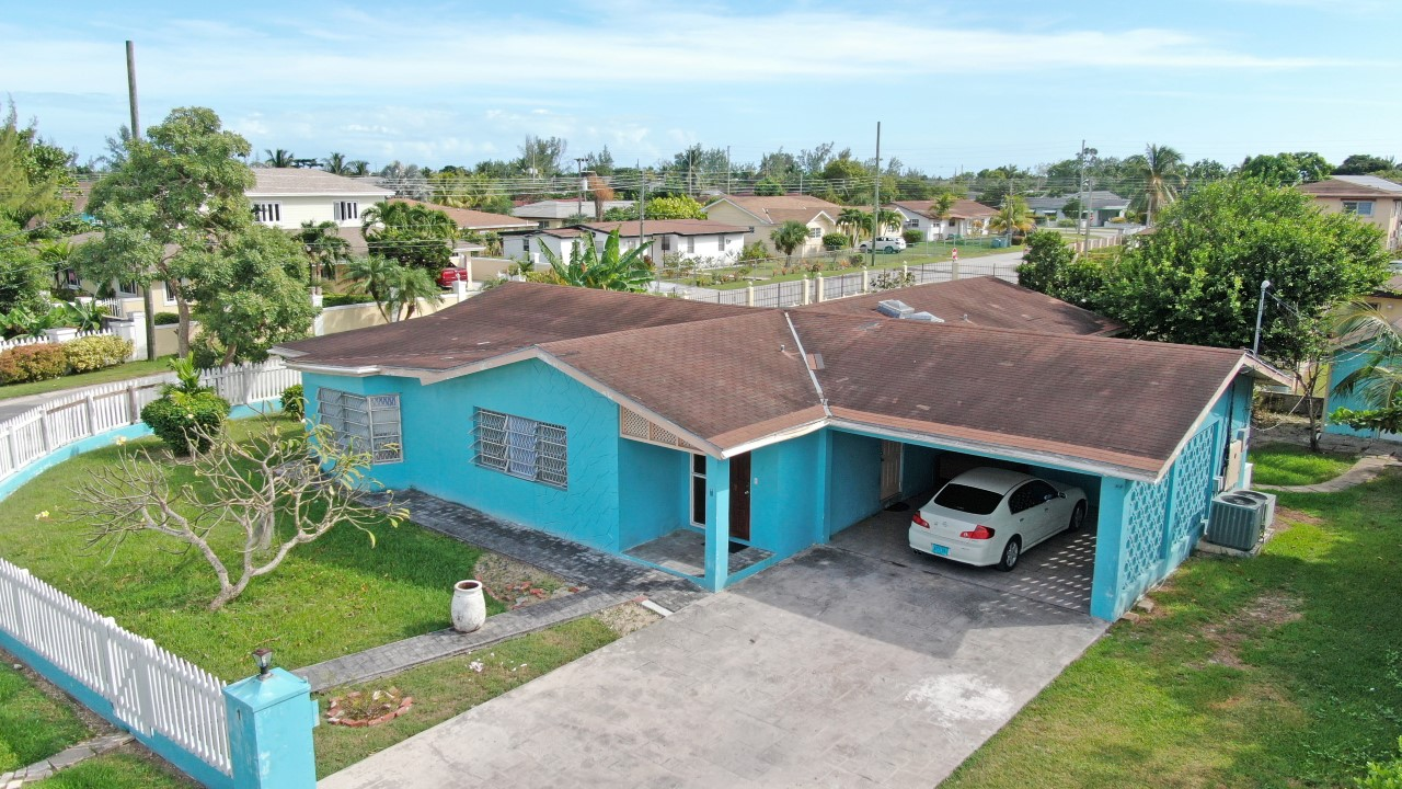 /listing-pending-sea-breeze-lot-1-block-9-26851.html from Coldwell Banker Bahamas Real Estate