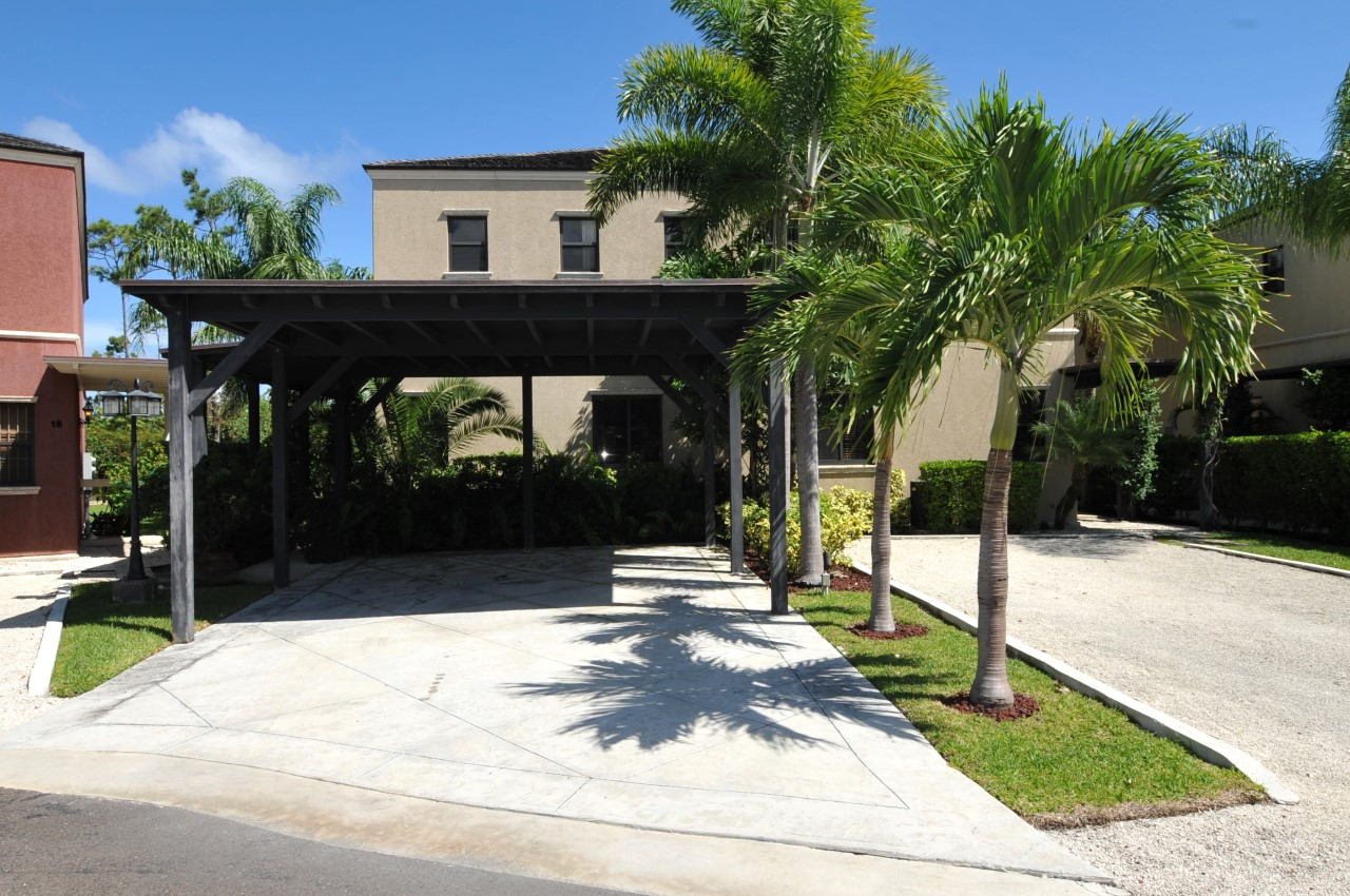 Gated Community Townhome for sale in Turnberry Isle, Nassau