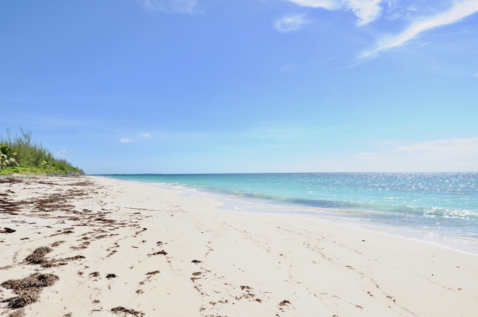 Lot for sale in Bahama Palm Shores just 5 minutes from the 8 mile beach